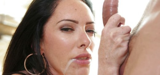 perfekter Blowjob mit Facial
